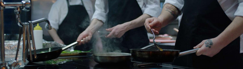 Grossküche Kochblock Ceranfeld Köche